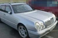 古い車:ベンツE320アバンギャルド