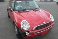事故車:BMWミニ