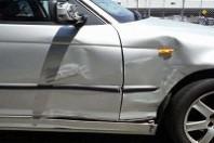 事故車:BMW318I