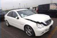 事故車:C180