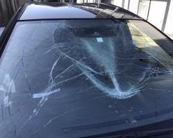 アクアのガラス割れ事故車買取